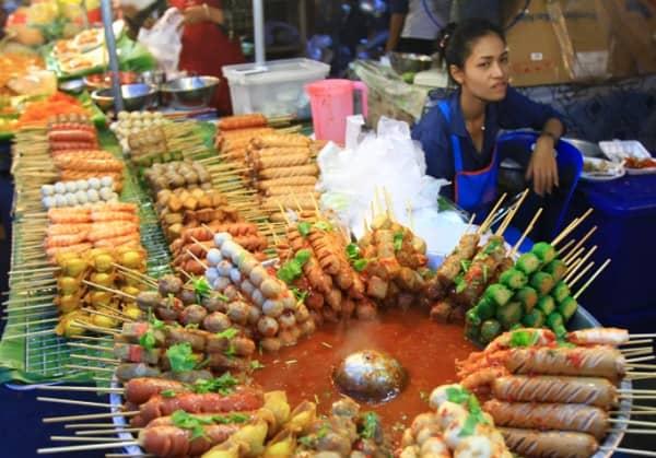 Đi Phuket hay Pattaya, ở đâu có ẩm thực ngon hơn?