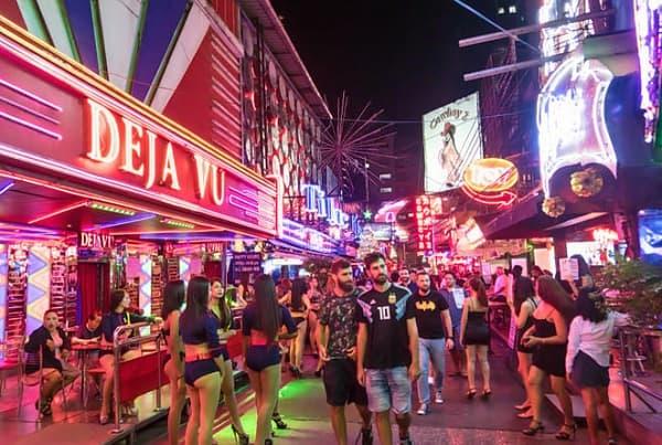 Nên đi Phuket hay Pattaya, nơi nào có cuộc sống về đêm vui hơn: Pattaya