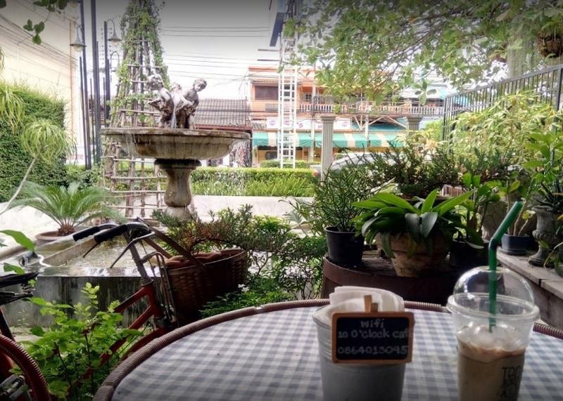 Top 5 quán cafe ở Kanchanaburi view đẹp. Quán cafe được yêu thích ở Kanchanaburi. Quán 10 o'clock cafe
